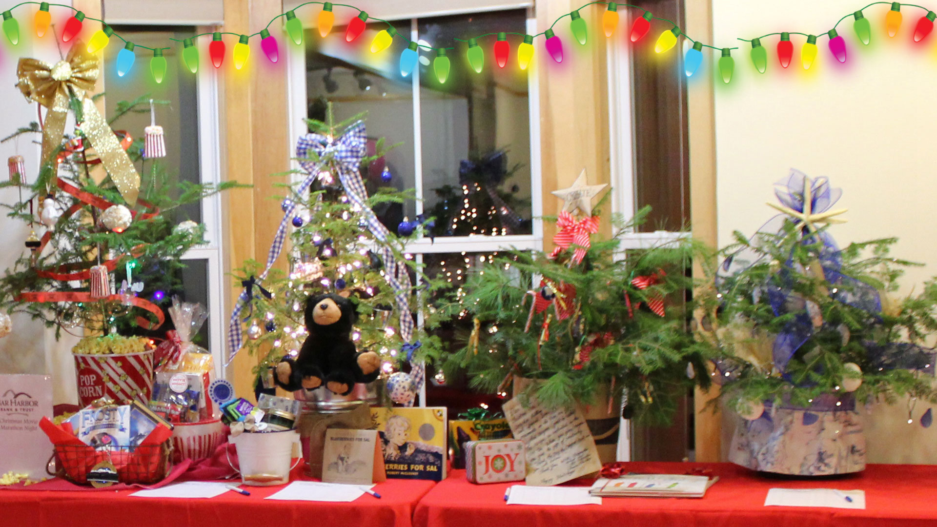 Christmas Tree Festival – Saturday at the Schooner Gallery