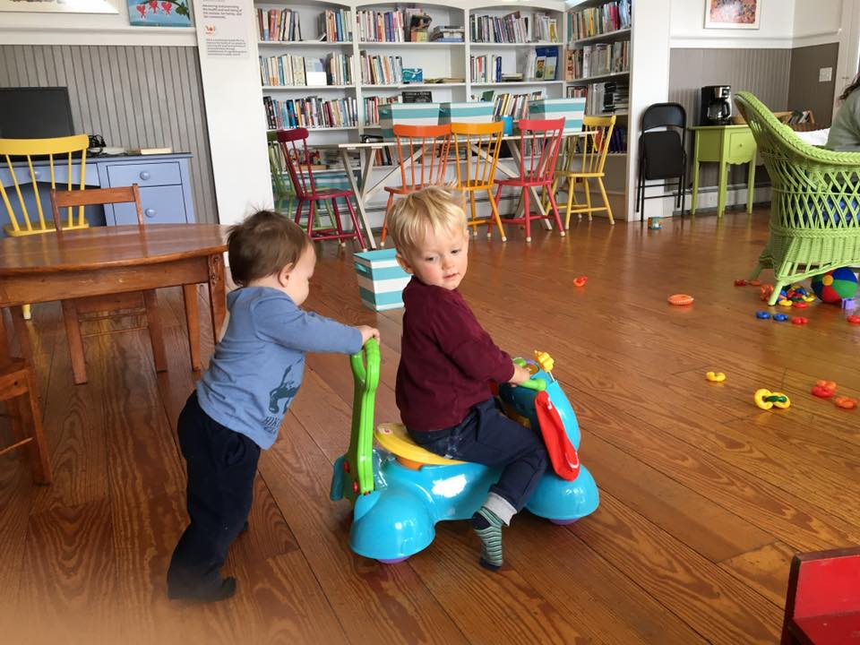 Play and Connect Playgroup Resumes for the Winter